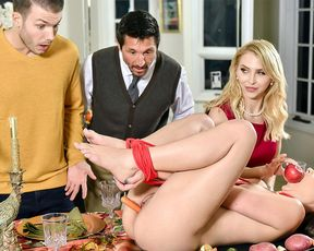 Thanksgiving stuffing with a very perverted family