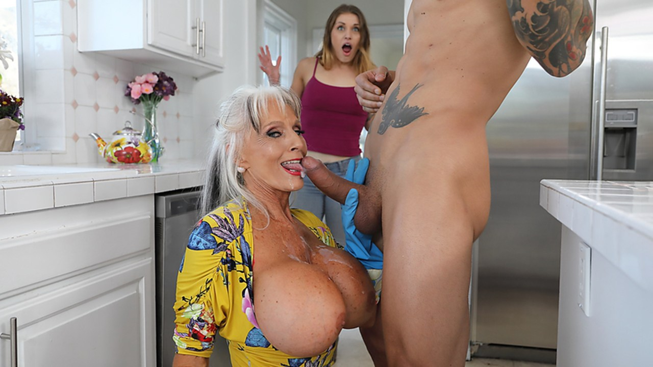Fucked My Tinder Date Big Tits
